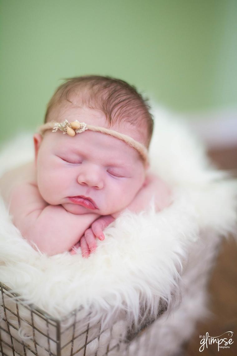 girl_newborn_photos