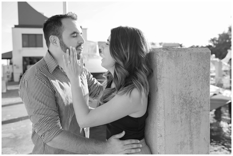 lighthouse-point-engagement-session